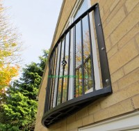 Spen Curved Wrought Iron Metal Balcony / Balconette