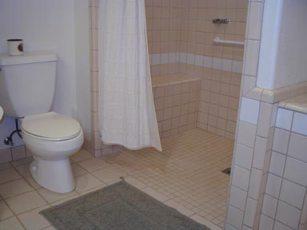 bathroom_clip_image002