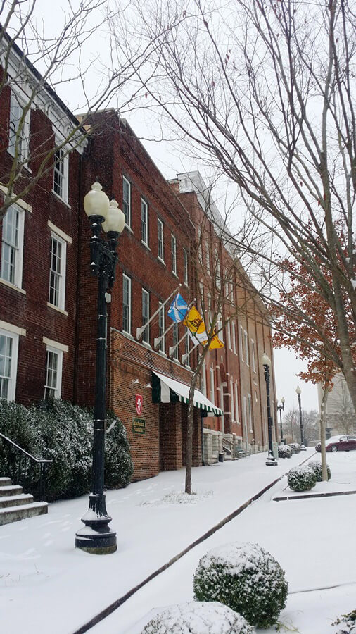 A beautiful winter day in downtown Columbia, Tennessee