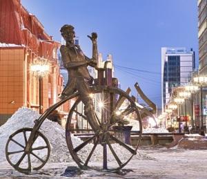 Александру I представлен первый в мире велосипед