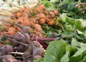 fresh beets at the market