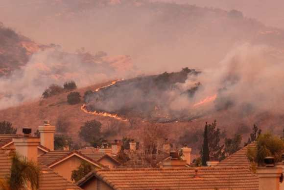 Wildfires pose risk to more than 550,000 homes in state