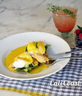 Jane-at-the-Marketplace-Goleta-Crab-Eggs-Benedict-by-Liz-Dodder