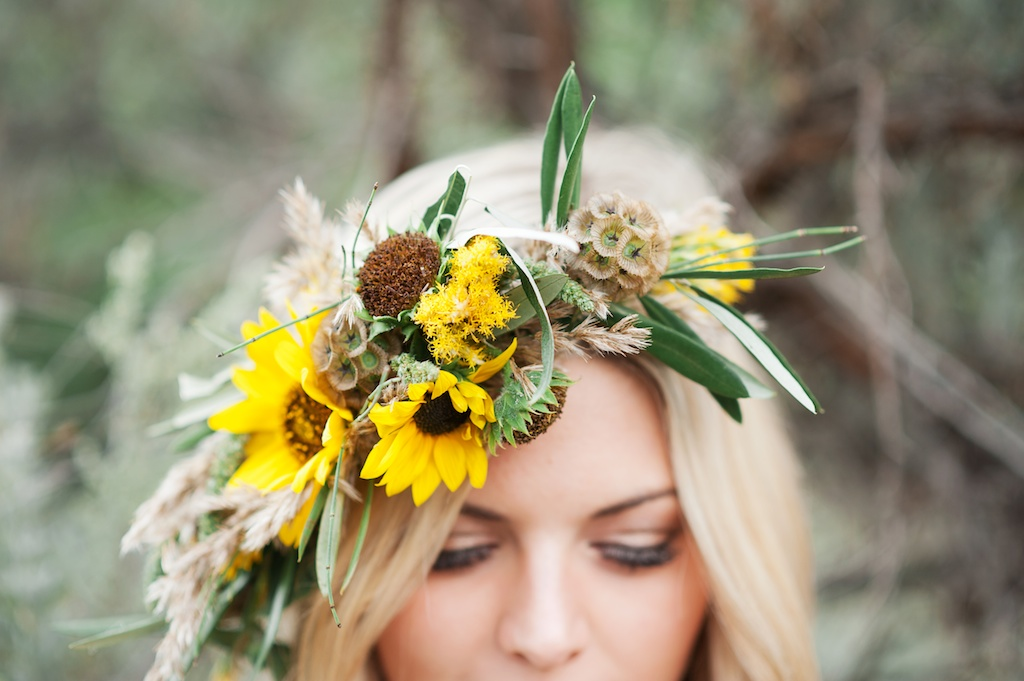 Desert Inspired Sunflower Wedding  Featured on Peter Loves Jane  CALIE ROSE