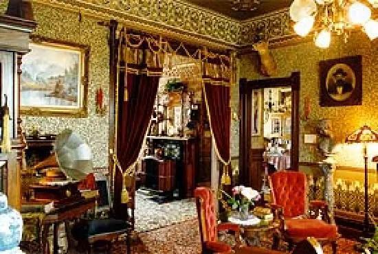 New England Fall Phone Wallpaper Abigail S Elegant Victorian Mansion Historic Lodging