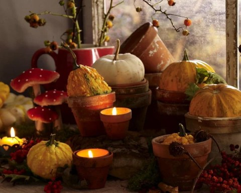 fall-table-setting-in-harvest-theme-candles