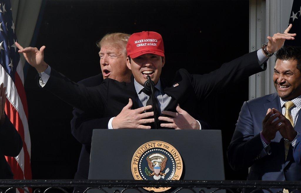 TOPSHOT-US-POLITICS-TRUMP-BASEBALL