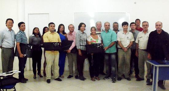 Valdemí de Assis e Raimundo Mascarenhas do Calila entre os convidados na reunião em Santaluz.