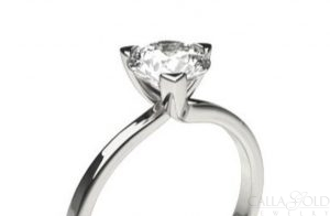 Diamond ring with three prongs