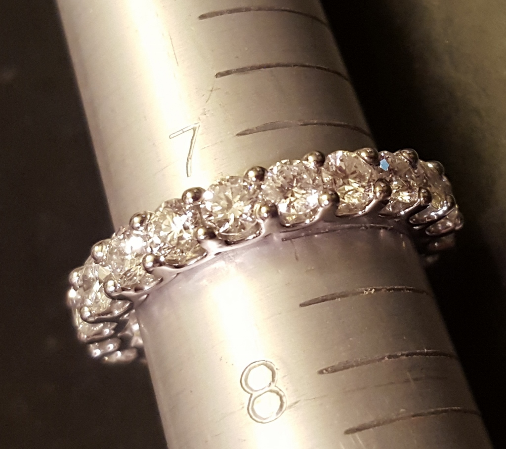 Eternity band of platinum and diamond