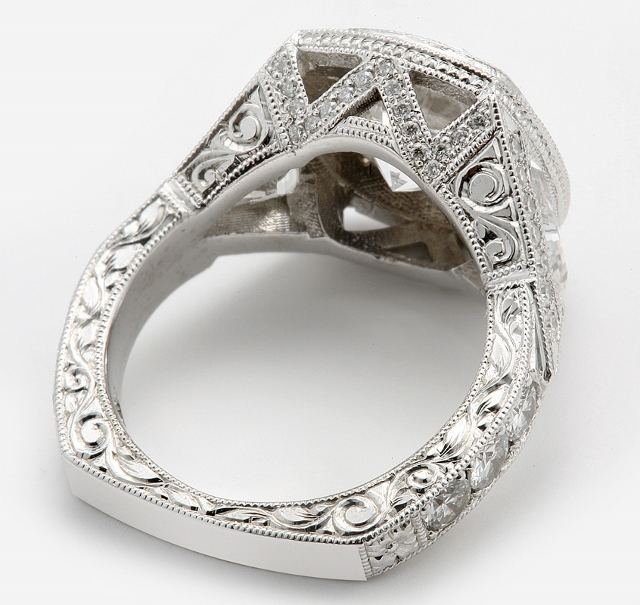 hand engrave ring with square shank bottom