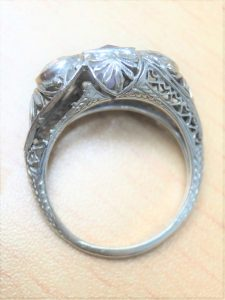 |Vintage ring with broken filigree|Antique ring