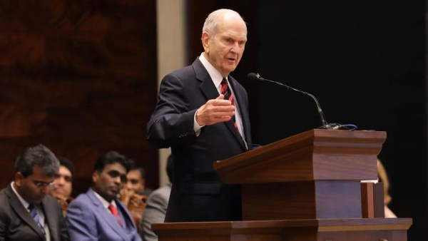 President Nelson Reaches India on Global Ministry Tour