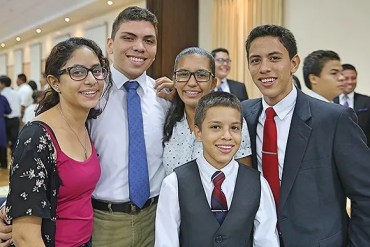 LDS Youth in Nicaragua