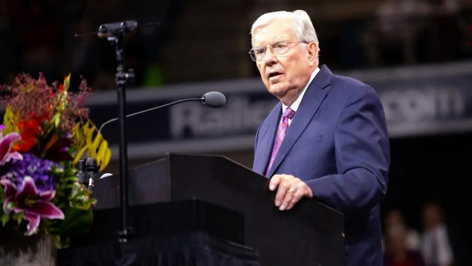 President Ballard Invites New Movement to Pray
