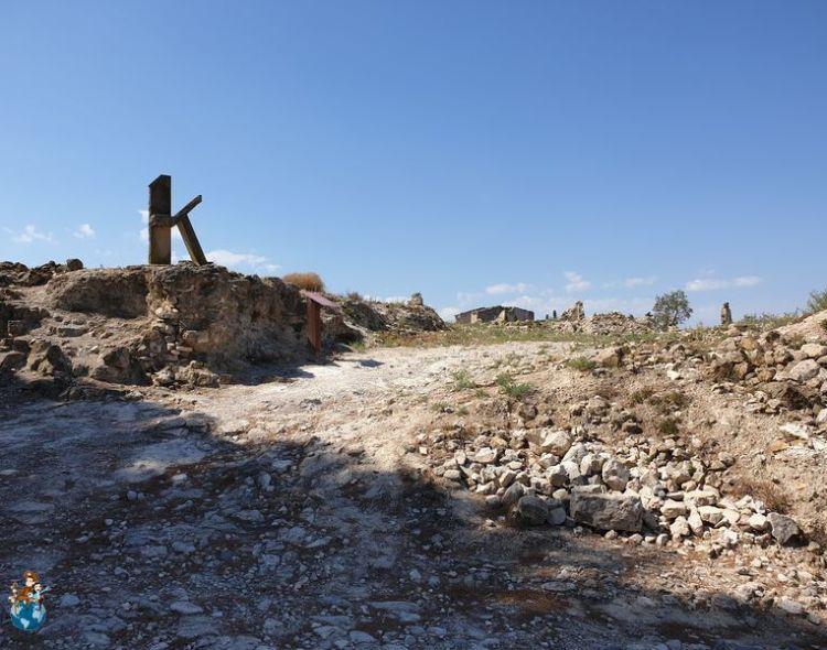 Corbera de Ebro: Visita a las ruinas del pueblo viejo