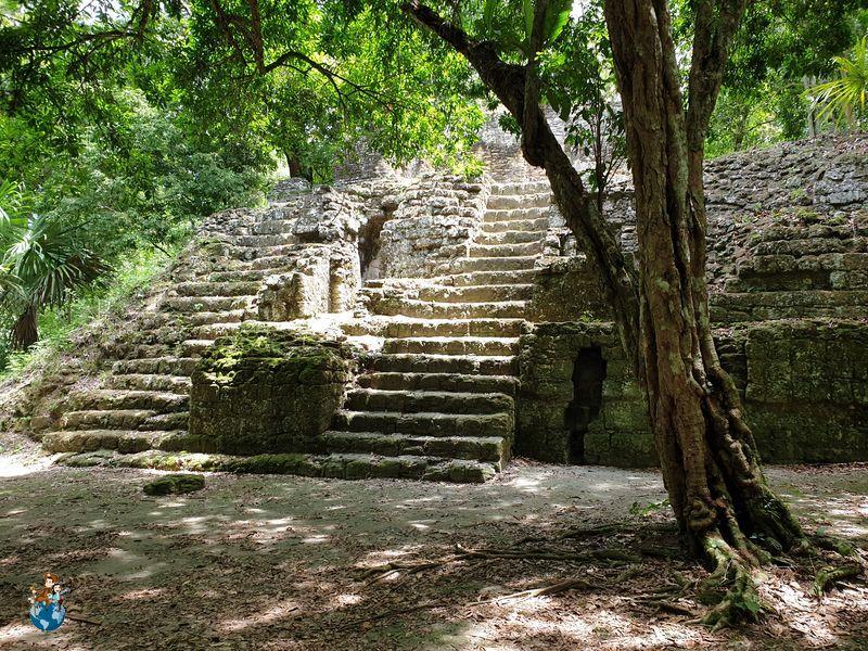 Acrópolis Sur Tikal