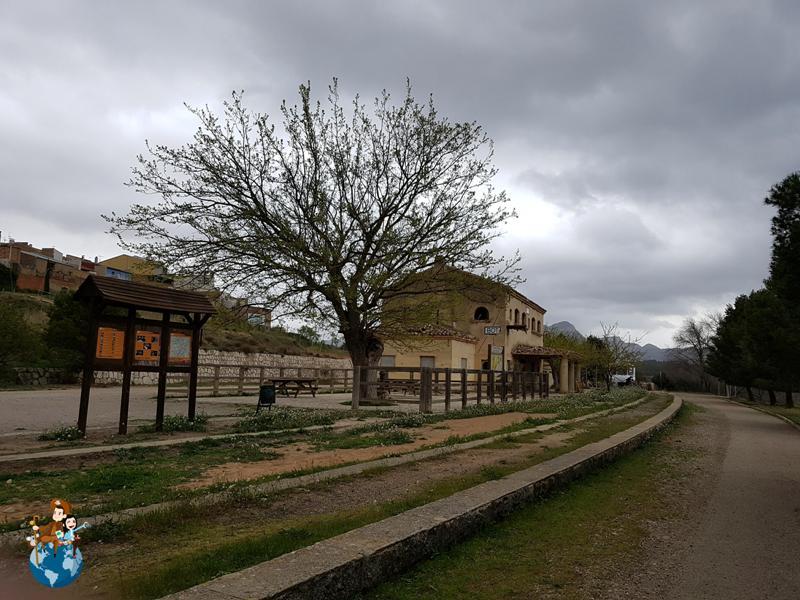 Estación de Bot - Vía verde de Horta de Sant Joan a Benifallet