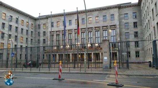 antiguo-ministerio-aviacion-nazi1-berlin