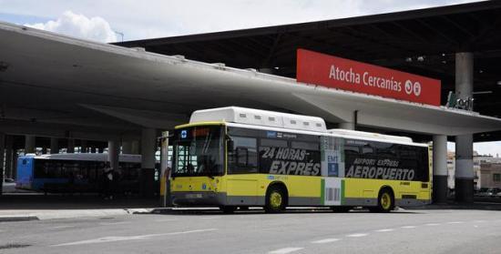 Bus expres hacia aeropuerto - Imagen sacada de www.esmadrid.com