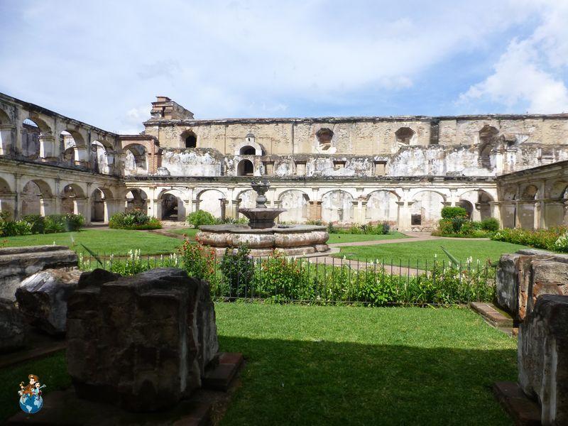 Convento Santa Clara en Antigua Guatemala