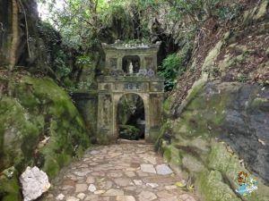 Cueva Hoa Nghiem