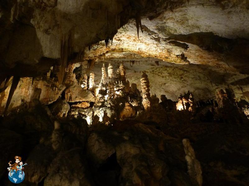 Visitar las Cuevas de kocjan Postojna y Castillo de