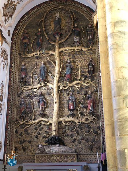 Árbol de Jessé en el interior Iglesia Santa María del Castillo - Olivenza