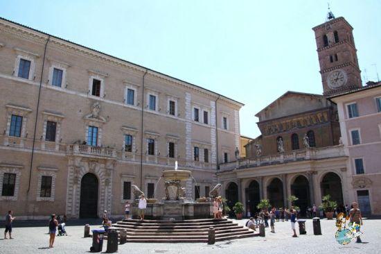 Piazza Santa María in Trastevere