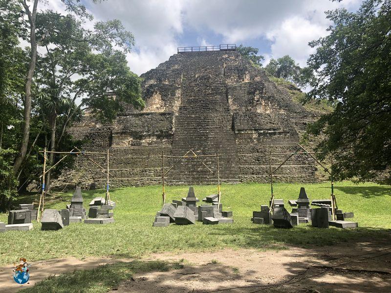 Gran Pirámide Mundo Perdido - Tikal