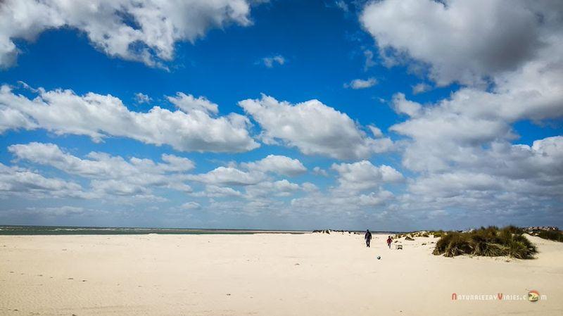 Playa de Bota en Huelva
