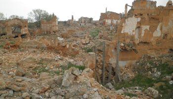Belchite y Fuendetodos: Visita al pueblo fantasma y la casa de Goya ...