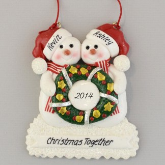 Snow Couple Wreath personalized christmas Ornaments