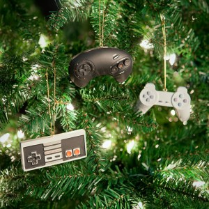 classic-video-game-controller-ornaments-hanging