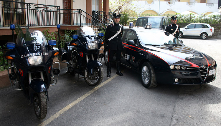 San Giorgio Albanese :: Scuola: maltrattamenti a bambini, due maestre interdette dai pubblici uffici.