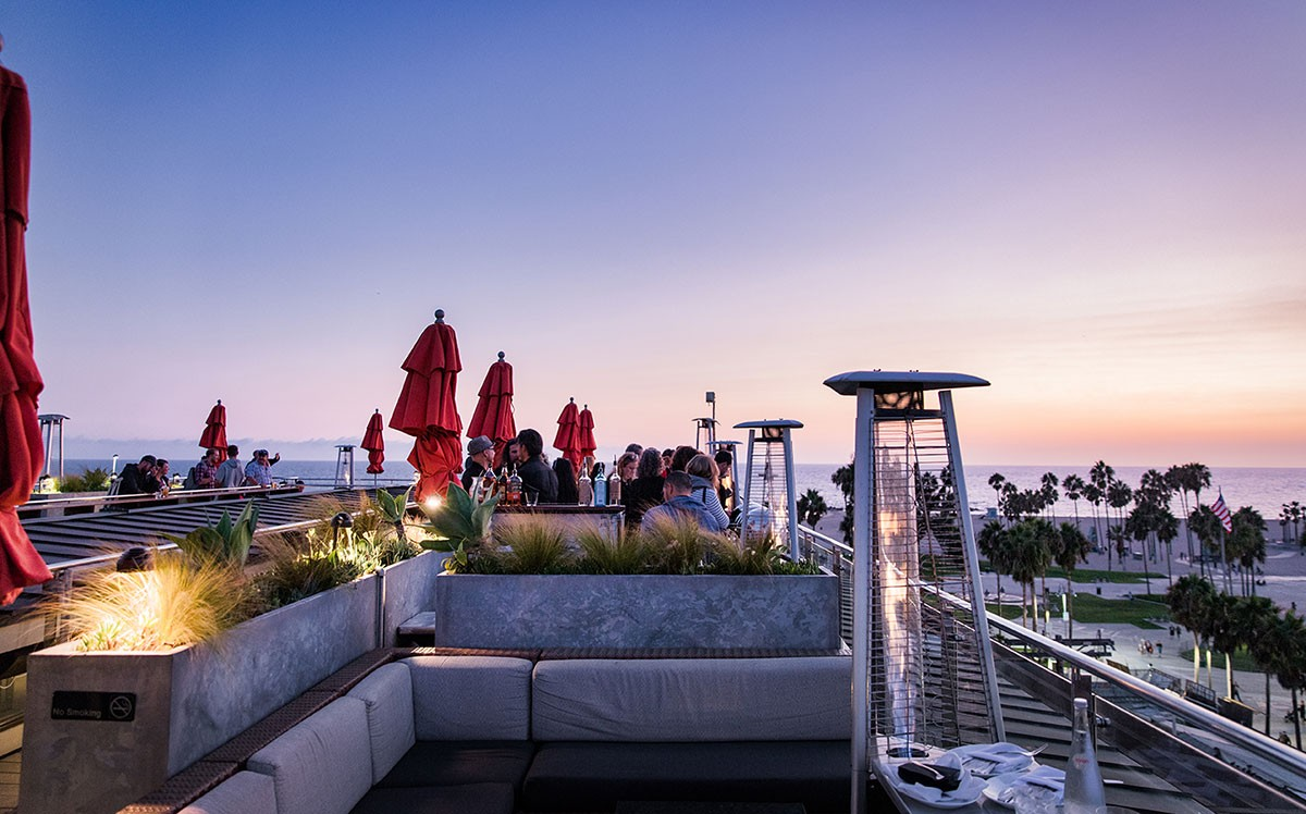 760 Rooftop Lounge