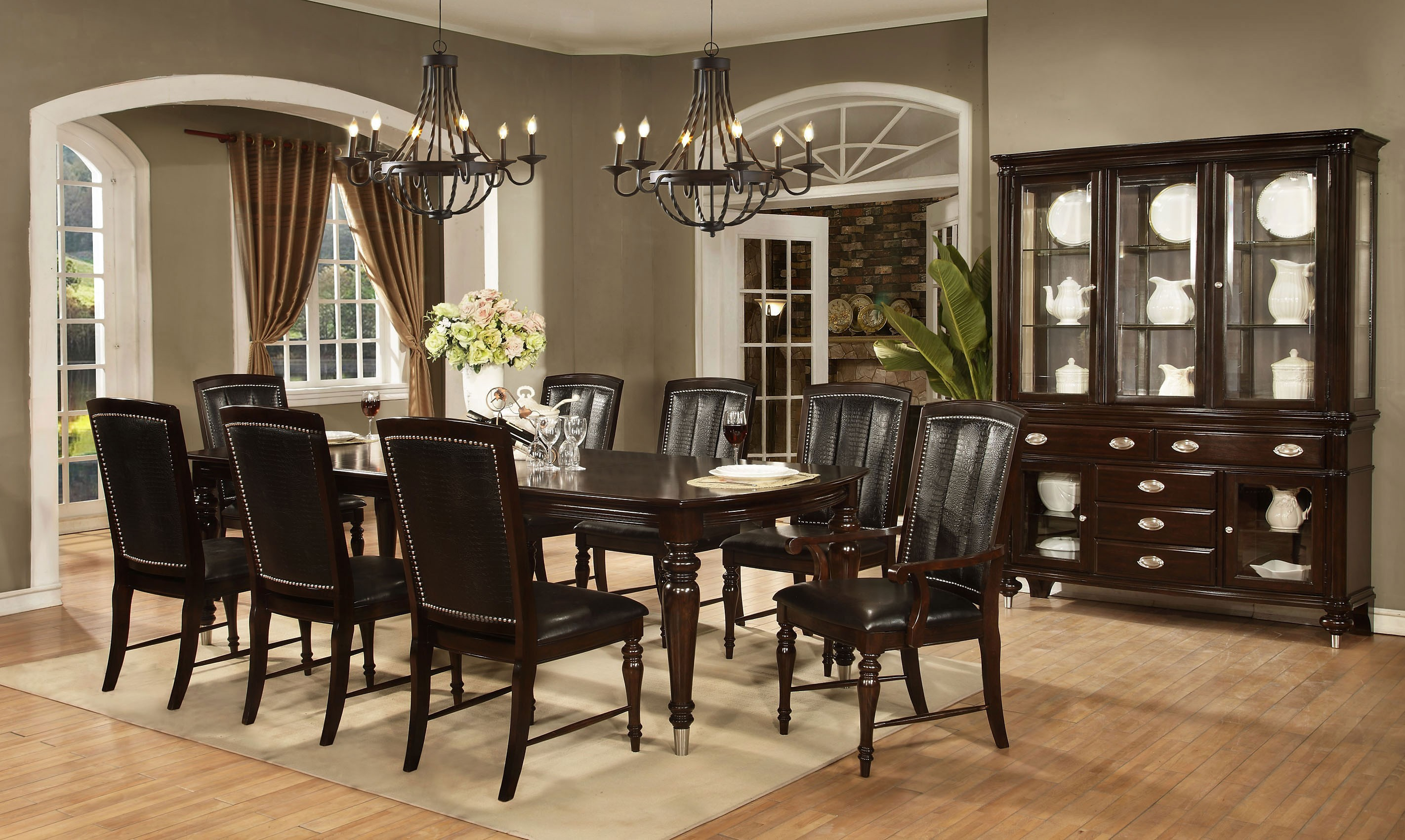 Cardis Dining Room Sets