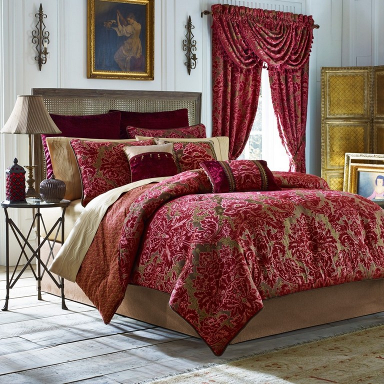Complete Bedding Sets With Curtains