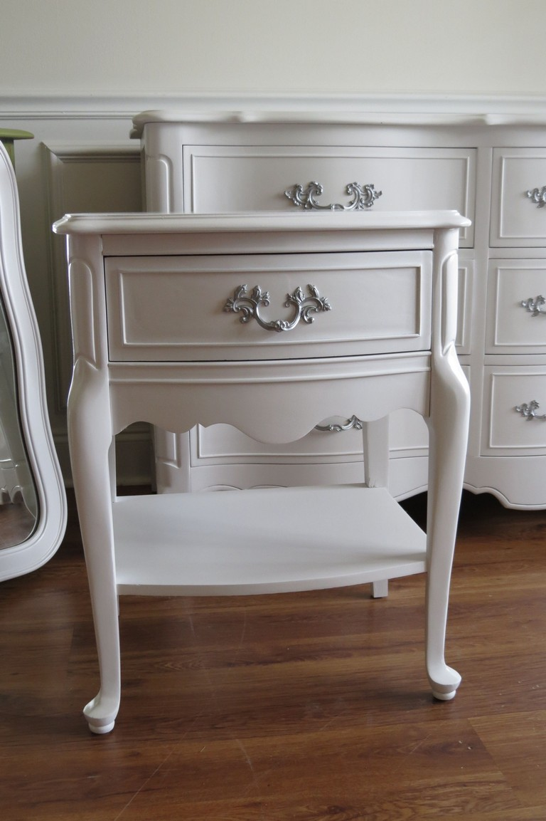French Provincial Bedroom Furniture 1970