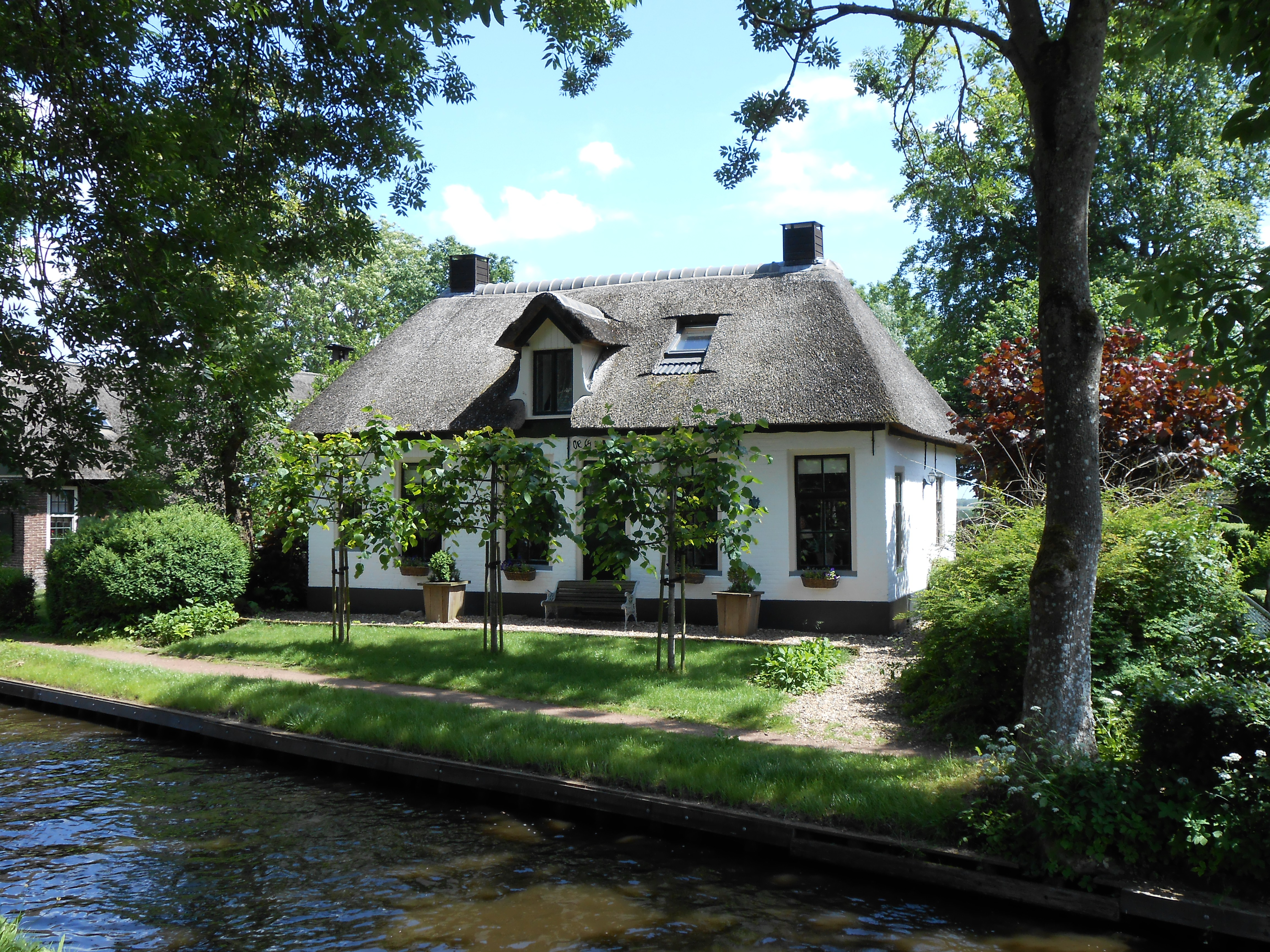 Giethoorn Houses For Sale