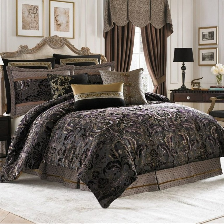 Gucci And Louis Vuitton Bedding Sets