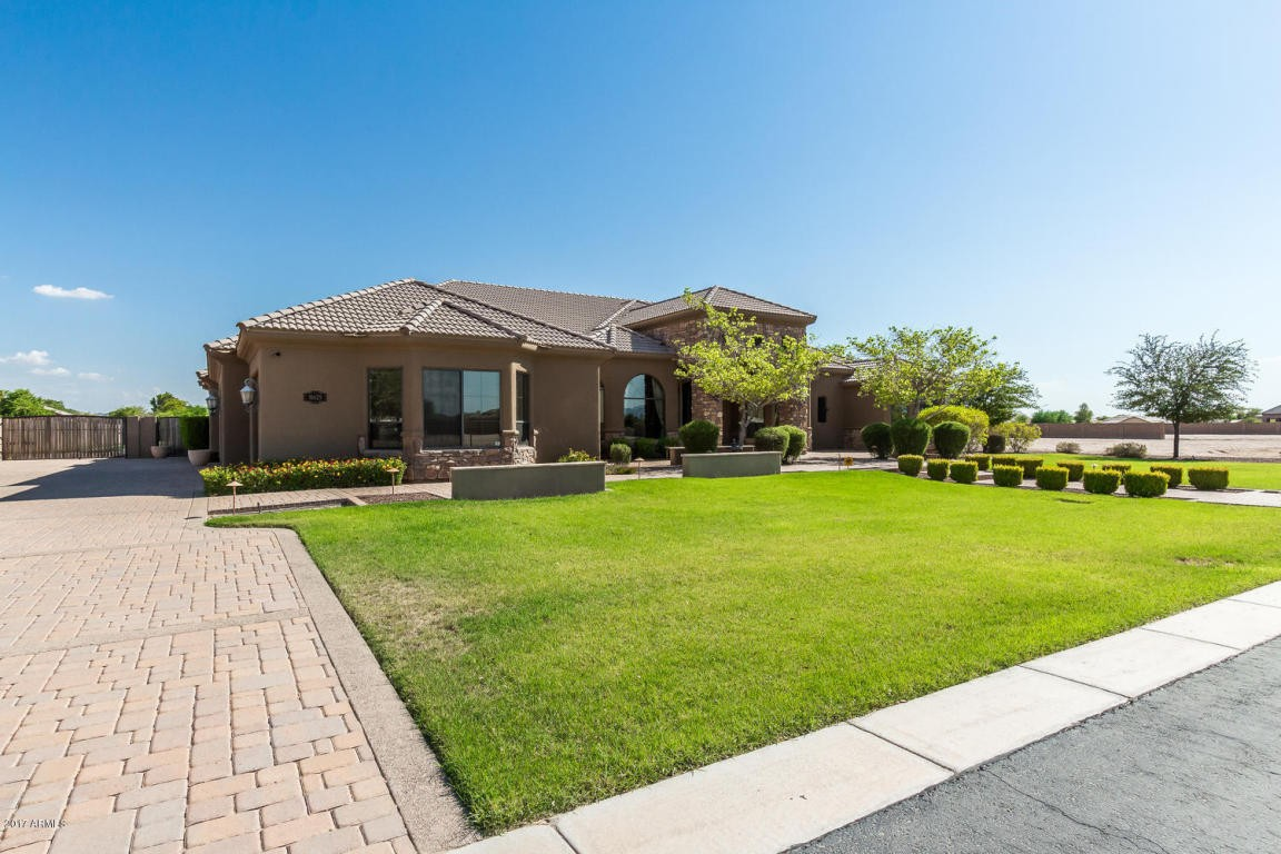 House For Sale In Goodyear Az