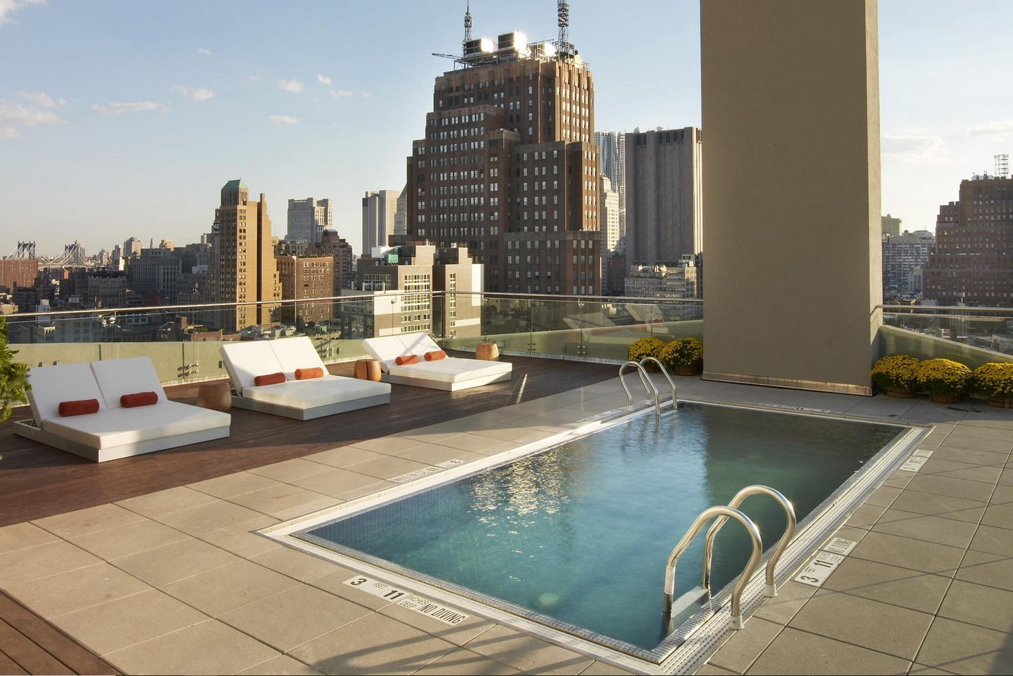 Rooftop Pools In Nyc