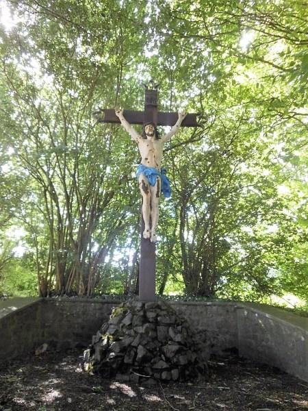 Calvaire chemin Delmer X La Ruinse__ Hameau