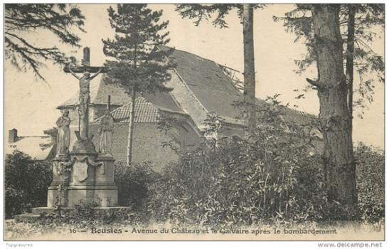 Le calvaire Legrand pendant la première Guerre Mondiale. Actuellement au cimetière
