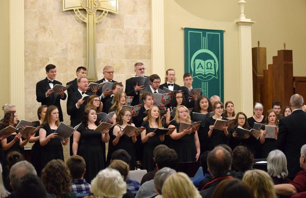 Calvary Masterworks Chorus Performs