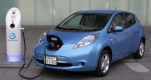 Nissan_Leafdds