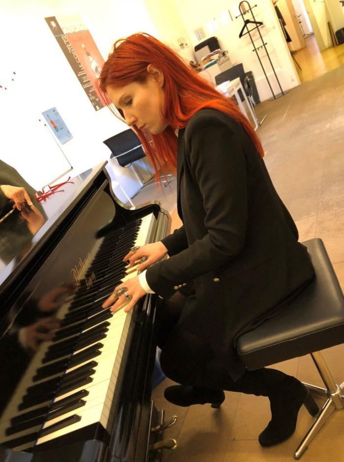 Le studio KODALY accueille les cours de chant à Geneve d'Adeline Toniutti