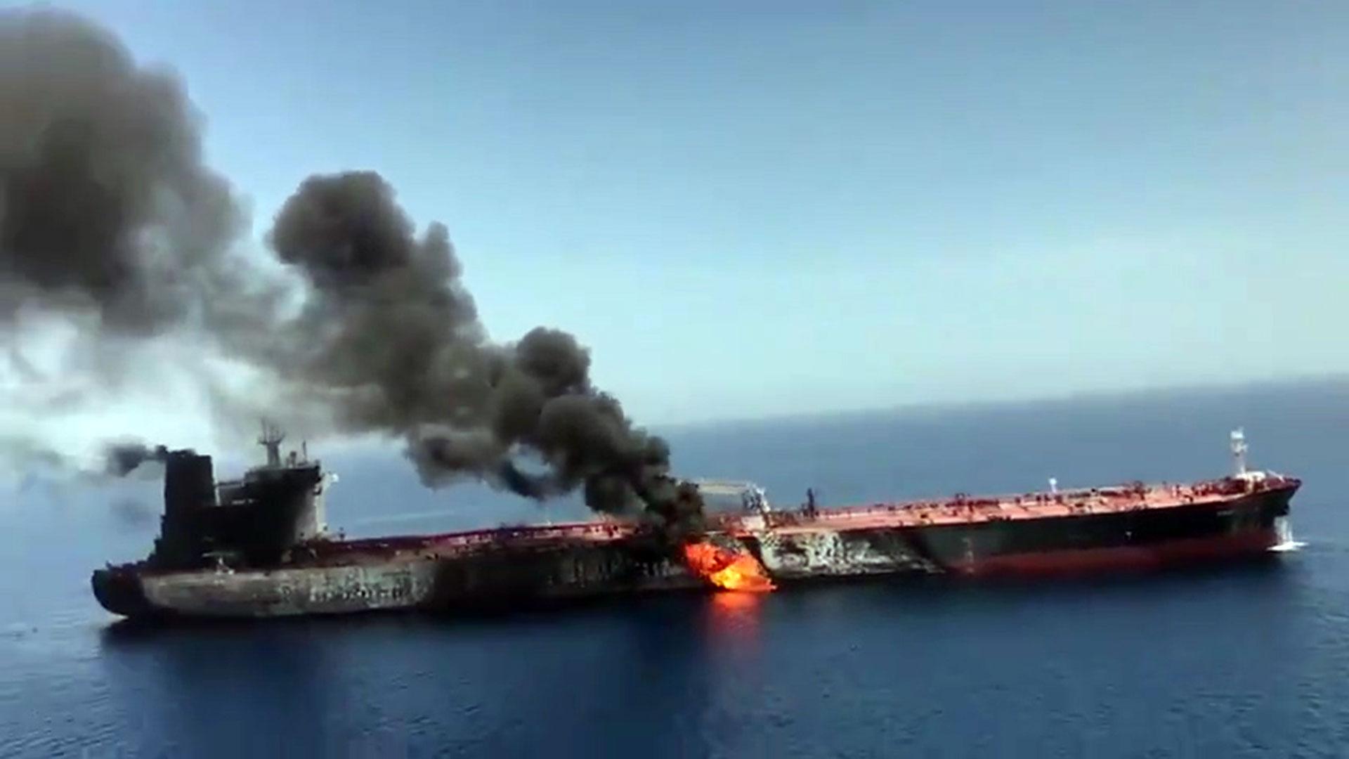 Resultado de imagen para ataque buques golfo persico