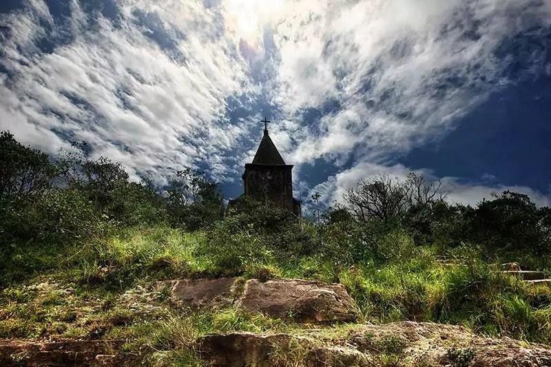 Bokor Hill Station Old Church 01